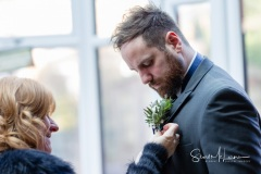 Fixing the buttonhole